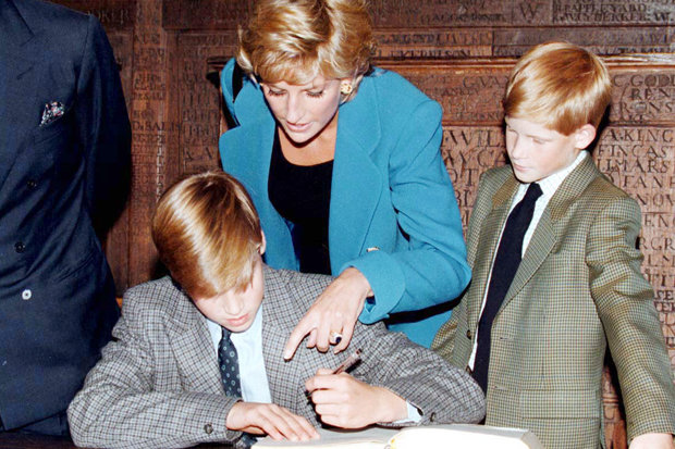 Princess Diana Royal Wore Engagement Ring Years After