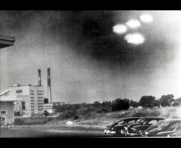 Many Americans believed this photo to prove the existence of UFO