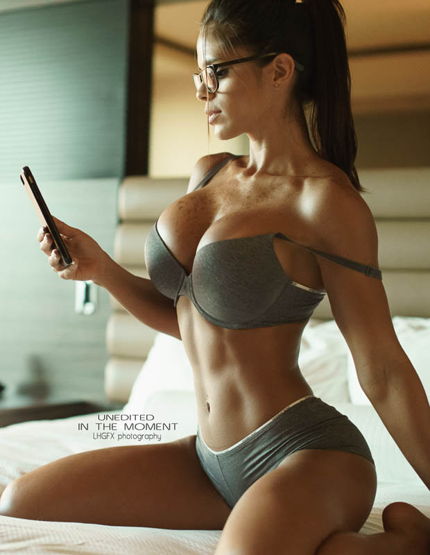 Tianna Gregory Hd Wallpaper Michelle Lewin Has Posed In Smoking Hot Underwear Pictures