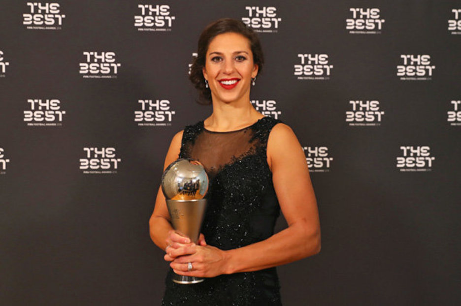 Carli Lloyd Manchester City sign FIFA Womens Player of the Year  Daily Star