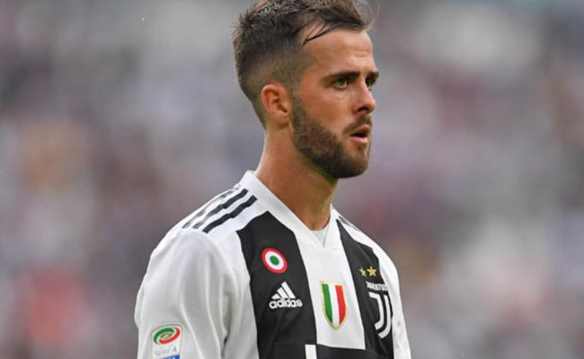 Chelsea Transfer News Miralem Pjanic Signing Backed After