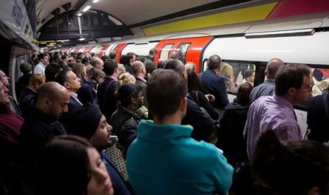 'The fear women face' causes thousands to back petition to reopen London Night Tube lines