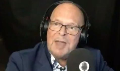 'Goodbye, you're an idiot!' Radio host forced to hang-up on antivaxxer during heated clash