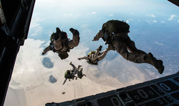 Free Fall Wallpaper Apps Revealed Sas Soldiers To Get Wing Suits To Silently Pick