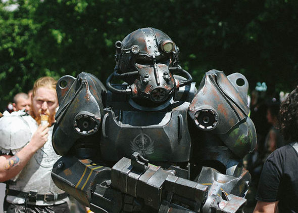 MCM Comic Con: Brotherhood of Steel cosplay