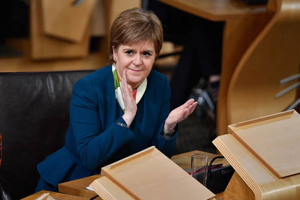 Nicola Sturgeon clapping