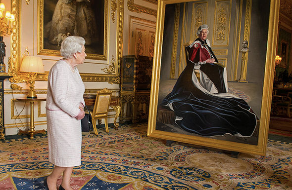 Queen Elizabeth views a painting of herselfin her opulent room