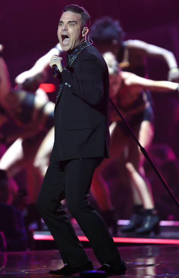 Robbie Williams will perform at One Love Manchester