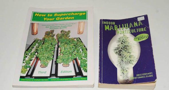 How to grow marijuana books