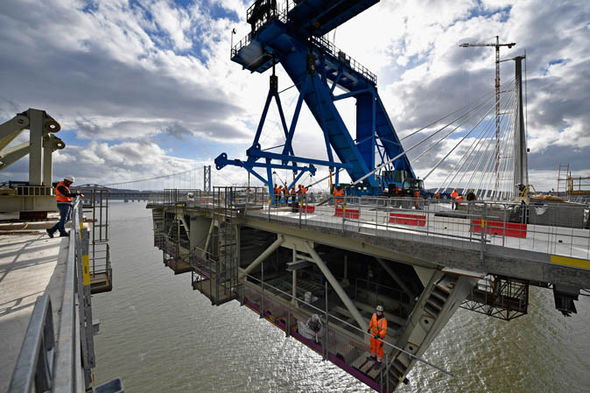 Construction of Queensferry Crossing