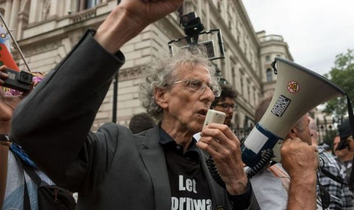 Fury as Piers Corbyn protests AGAINST people getting Covid jabs – 'An object of ridicule'