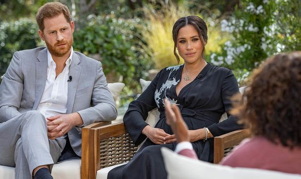 prince harry and meghan markle speaking to oprah