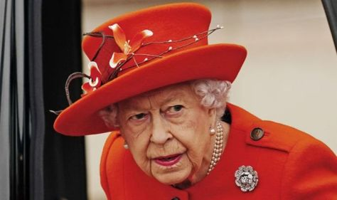 Queen heartbreak: Monarch 'prayed' through turbulent royal year