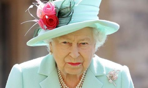 Queen set to give 'very tough broadcast' with Christmas message this year