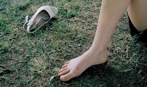 let children go shoeless