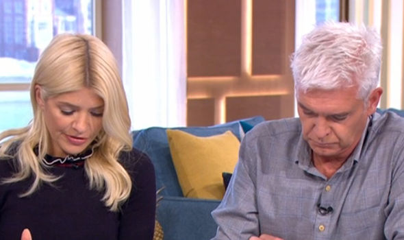 Arthritis symptoms: Holly and Phil were joined by Dr Chris Steele