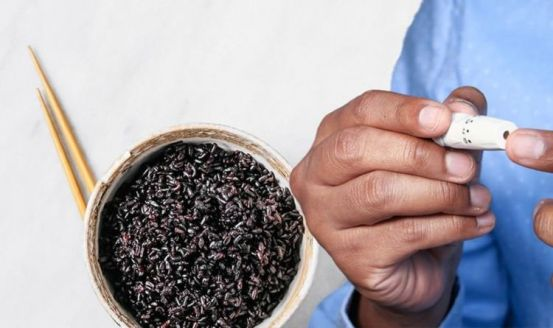 Dietary treatment of type 2 diabetes: Wild rice has been shown to lower blood sugar
