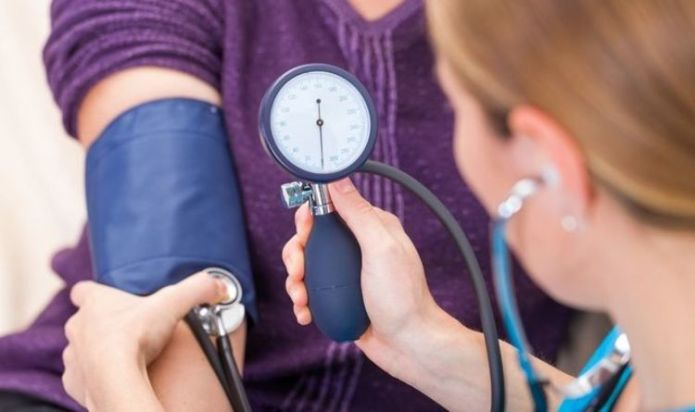 How to reduce blood pressure - 10 tips for healthy BP