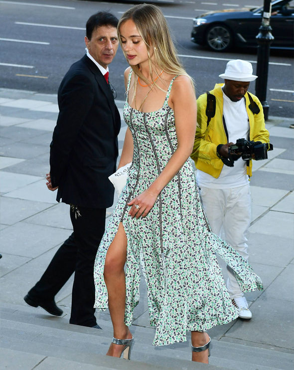 Lady Amelia Windsor: Instagram loving royal flashes cleavage in a stunning dress   Express.co.uk
