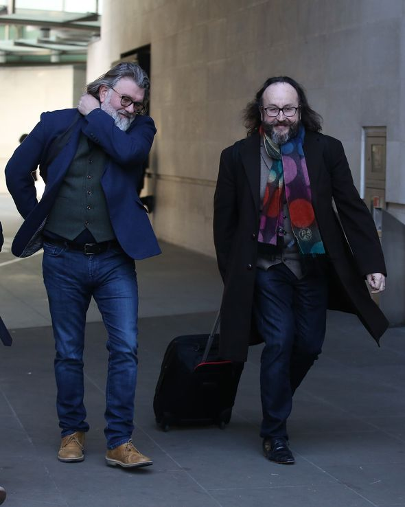 Losing weight can improve your health in numerous ways, but sometimes, even your best diet and exercise efforts may not be enough to reach the results you're looking for. Hairy Bikers weight loss: How Si and Dave lost seven stone ...