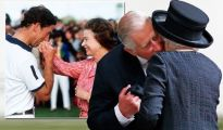Prince Charles 'idealised and romantic' hand-kiss is 'patronising' to fashionable ladies 1192655 1
