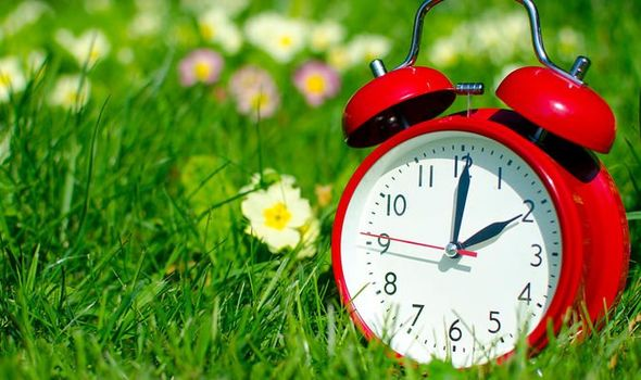 Clocks Change 2020: What time do the clocks go ahead tonight? Will we get much less sleep?