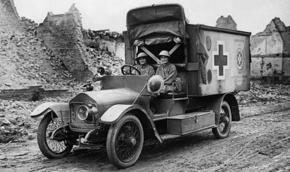 Mairi Chisholm and the Baroness de T'Serclaes driving their motor ambulance