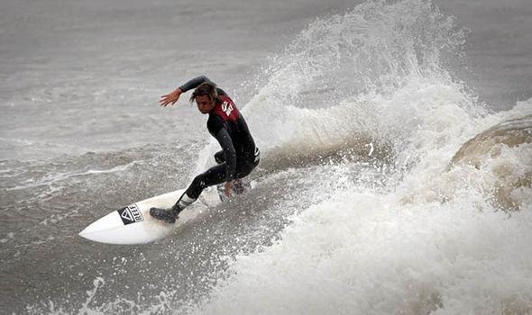 Porthcawl surfing