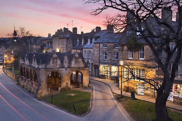 Travel to Cotswolds Discover Chipping Campden  Short