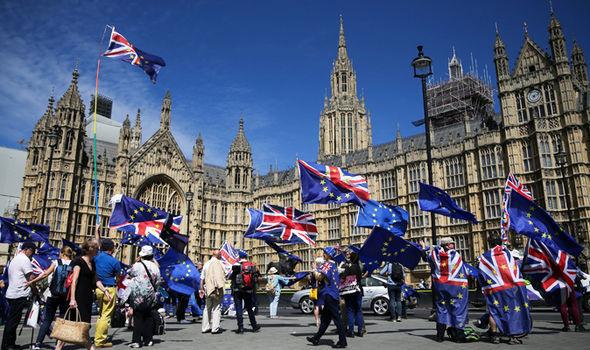 Brexit protest  Brexit LIVE: Parliament VOTES DOWN Dominic Grieve's amendment, Lords REJECTED   Politics   News Brexit protest 1388089