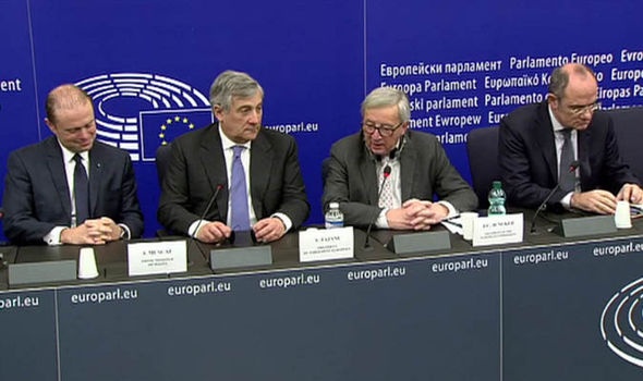 Jean-Claude Juncker and Joseph Muscat at a press conference in Strasbourg