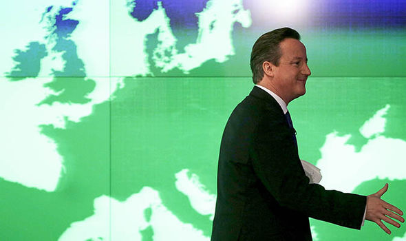 David Cameron in front of a map of Europe