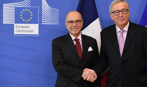 Jean-Claude Juncker and Bernard Cazeneuve