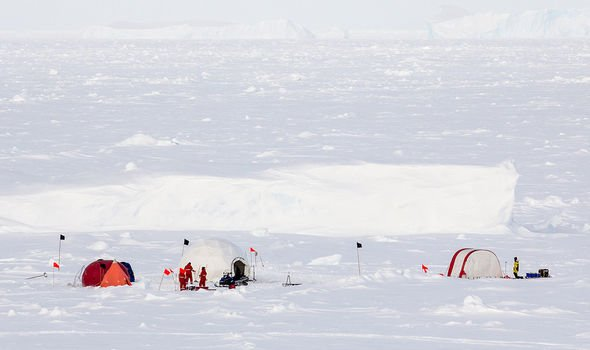 Antarctica is home to 1000 scientists