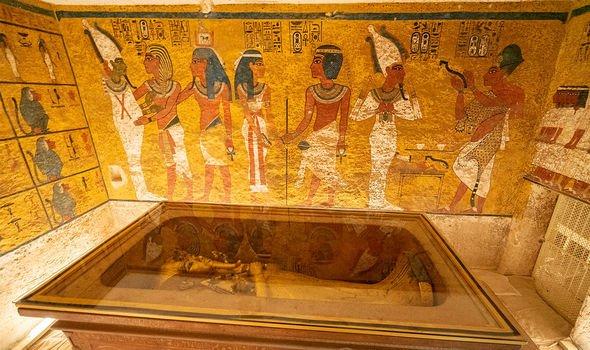 King Tutankhamun: The great pharaohs tomb