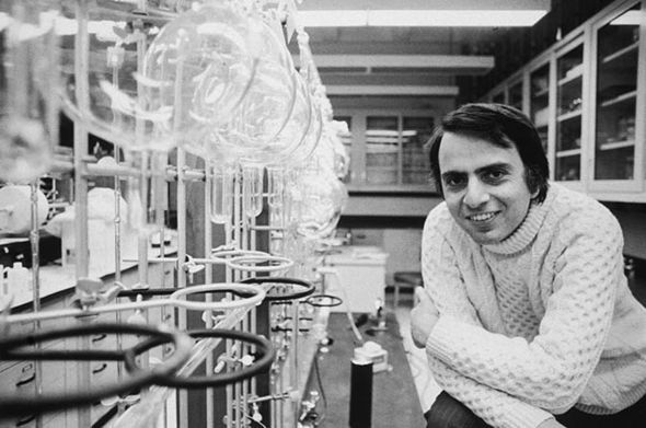 Carl Sagan in a lab