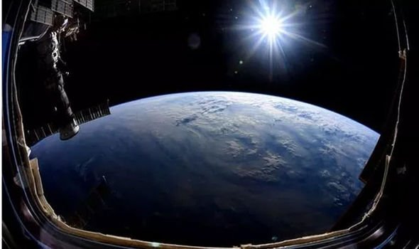 Space news: Mr Hague's picture