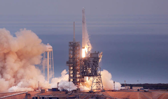 SpaceX launch rocket