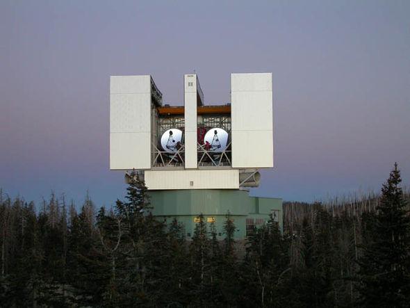 Large Binocular Telescope Observatory in Arizona