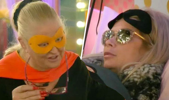 Kim Woodburn and Nicola McLean row