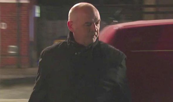 Phelan tries to cover up his dodgy dealings on Coronation Street