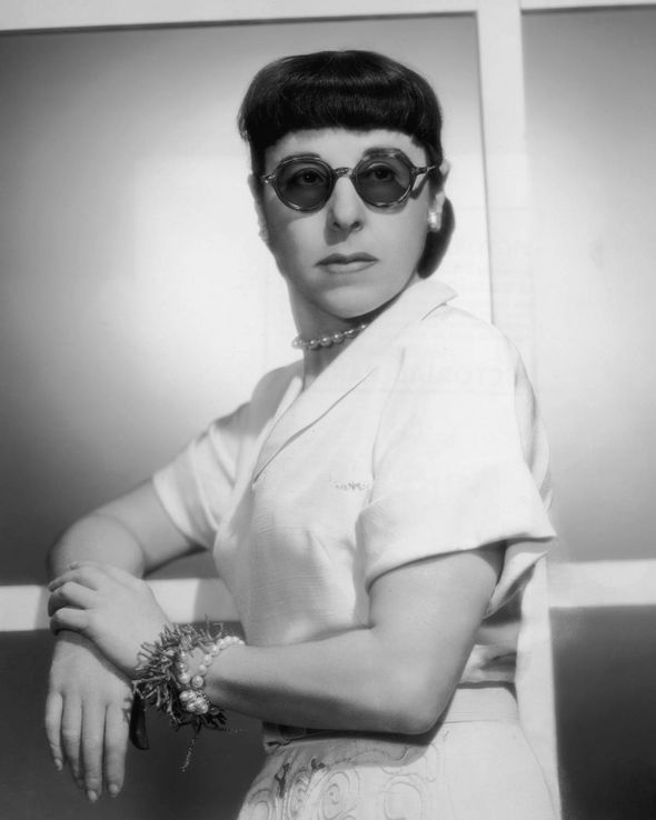 Linda Hunt Edna Mode : linda, Linda, Hunt:, Inspiration, Incredibles', Edna?, Radio, Showbiz, Express.co.uk