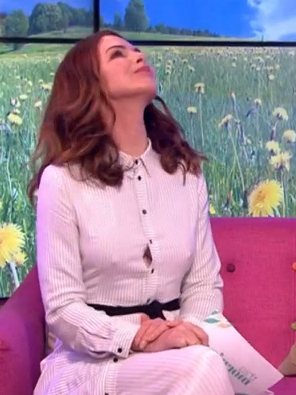 Trinny Woodall exposes NIPPLES as she suffers wardrobe