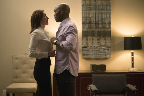 House of Cards: Remy Danton and Jackie Sharp kiss