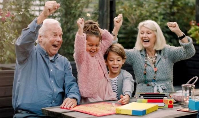 State pension: Grandparents urged to check as many could boost sum by £2,340 per year