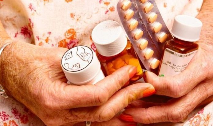 State pension warning as free NHS prescriptions age could be increased to 66