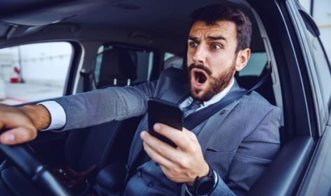 DVLA scam messages: Drivers warned over new fraud texts sent out in 2021