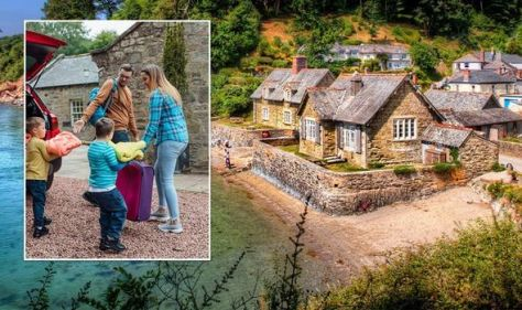 UK holidays: October half-term boasts 'big' savings - costs slashed by up to 50 percent