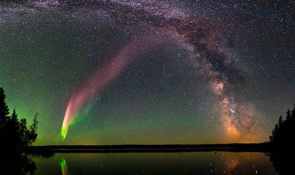Northern Light Breaks