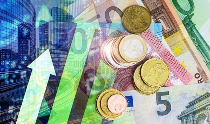 Pound euro exchange rate up but trading in 'quiet manner' - should you buy travel money?